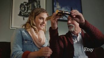 Etsy TV Spot, 'Here's to the Givers: Tradition Keepers' - Thumbnail 5
