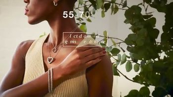 Macy's 48 Hour Sale TV Spot, 'Fall Styles, Fine Jewelry and Comforters' - Thumbnail 5