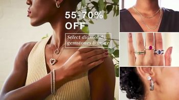Macy's 48 Hour Sale TV Spot, 'Fall Styles, Fine Jewelry and Comforters' - Thumbnail 6