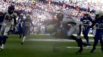 NFL TV Spot, 'Increíble: esto es 100' canción de Raphael Lake, Aaron Levy & Wesley Eugene Smith [Spanish] - Thumbnail 3