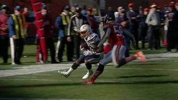 NFL TV Spot, 'Increíble: esto es 100' canción de Raphael Lake, Aaron Levy & Wesley Eugene Smith [Spanish] - Thumbnail 4