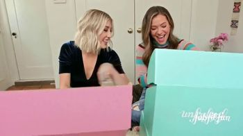 FabFitFun.com TV Spot, 'Winter Box Is Coming' Featuring Maddie & Tae - Thumbnail 2