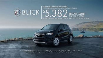Buick TV Spot, 'S(You)V: Selfie' Song by Matt and Kim [T2] - Thumbnail 7