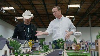 Nationwide Insurance TV Spot, 'Jingle Sessions: Peytonville' Featuring Peyton Manning, Brad Paisley - Thumbnail 7