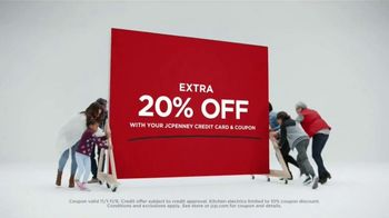 JCPenney Biggest Sale of All TV Spot, 'Come In, Save Big' - Thumbnail 8