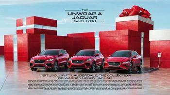 Unwrap a Jaguar Sales Event TV Spot, '2019 E-PACE: Maurice and Kenesha' [T2] - Thumbnail 9