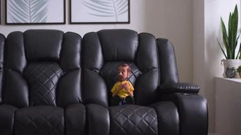 Bob's Discount Furniture Panther TV Spot, 'Roar' - Thumbnail 3