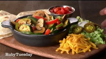 Ruby Tuesday Fajita Fiesta TV Spot, 'Piñatas' - Thumbnail 1