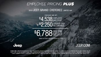 Jeep Big Finish 2019 TV Spot, 'Employee Pricing Plus: Out There' [T2] - Thumbnail 10
