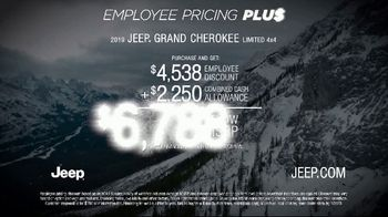Jeep Big Finish 2019 TV Spot, 'Employee Pricing Plus: Out There' [T2] - Thumbnail 9