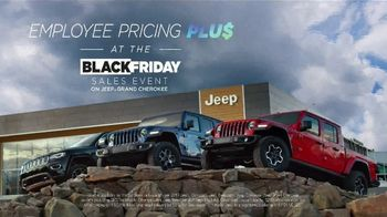 Jeep Black Friday Sales Event TV Spot, 'Large' Song by Confetti [T2] - Thumbnail 8