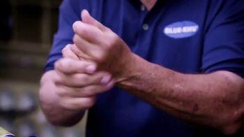 Blue-Emu Maximum Arthritis Pain Relief Cream TV Spot, 'Fastball' Ft. Johnny Bench - Thumbnail 6