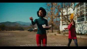 Infiniti Winter Sales Event TV Spot, 'Snow and Surf' Song by Hannah Williams & The Affirmations [T2] - Thumbnail 5