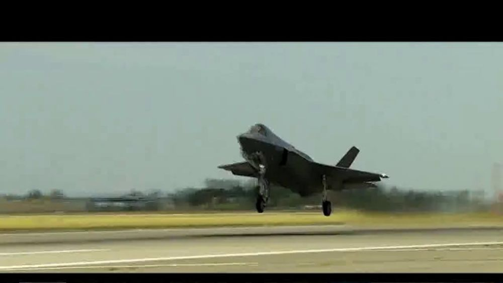 Lockheed Martin F-35 Lightning 2 TV Commercial, 'Mission ready, Interoperable and Combat-Proven.'
