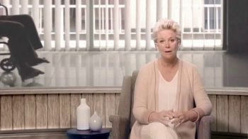 A Place For Mom TV Spot, 'Devastating' Featuring Joan Lunden - Thumbnail 3