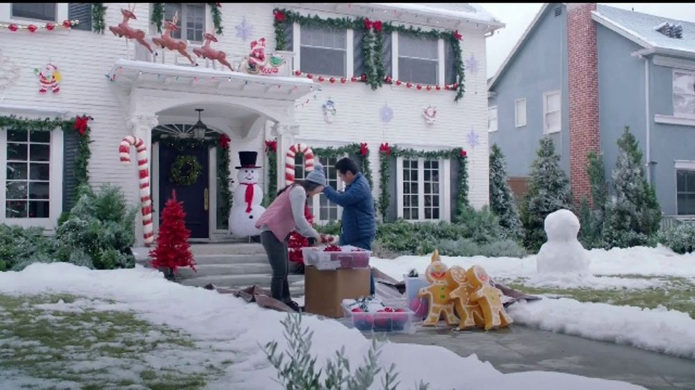 Toyota Toyotathon TV Commercial, 'Holiday Decorations' [T2]