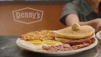 Denny's Super Duper Slam TV Spot, 'Super Duper New Year' - Thumbnail 6