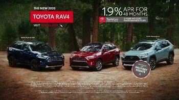 2020 Toyota RAV4 TV Spot, 'Start the Car' Song by So Many Wizards [T1] - Thumbnail 10