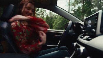 2020 Toyota RAV4 TV Spot, 'Start the Car' Song by So Many Wizards [T1] - Thumbnail 3