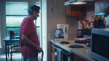 Meals on Wheels America TV Spot, 'Two Mornings: Ron and Rudy' - Thumbnail 4