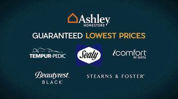 Ashley HomeStore Employee Pricing Mattress Sale TV Spot, 'Guaranteed Lowest Prices' - Thumbnail 4