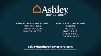 Ashley HomeStore Employee Pricing Mattress Sale TV Spot, 'Guaranteed Lowest Prices' - Thumbnail 7