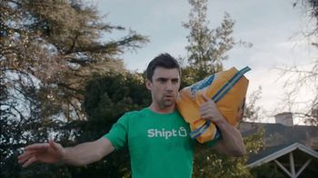 Shipt TV Spot, 'Over-Delivering Delivery: Dogs' - Thumbnail 5