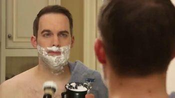 Bell + Howell Tac Shaver TV Spot, 'Rápida y suave' con Nick Bolton [Spanish]