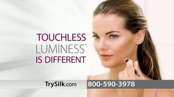 Luminess Silk TV Spot, 'Look Years Younger' Song by Cher - Thumbnail 5