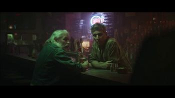 Holiday Inn TV Spot, 'Happy Hour' - Thumbnail 5