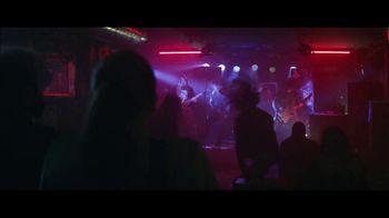 Holiday Inn TV Spot, 'Happy Hour' - Thumbnail 7
