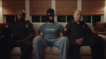 SimpliSafe TV Spot, 'Fast Police Response: Cyber Monday' - Thumbnail 4