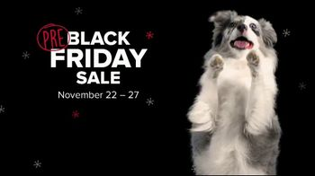 PetSmart Pre Black Friday Deals TV Spot, 'Chuckit! Launchers & Beggin Strips' - Thumbnail 2