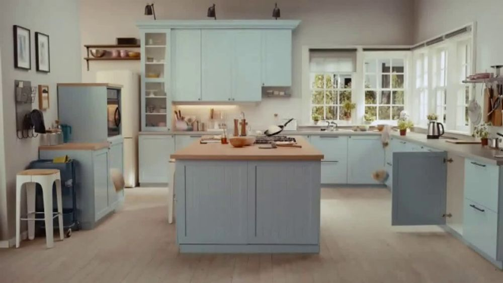 Food Network Kitchen App TV Commercial, 'Make This Kitchen Yours'