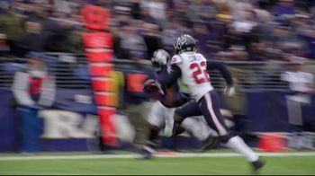 Pizza Hut TV Spot, 'Hut of the Week: Ravens v. Texans' - Thumbnail 6
