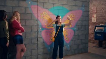 Jack in the Box Philly Cheesteak Cheesburger Combo TV Spot, 'Butterfly Wall'
