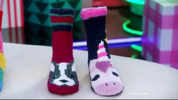 Old Navy TV Spot, 'Cozy Socks: 50 Percent Off' Featuring Neil Patrick Harris - Thumbnail 2