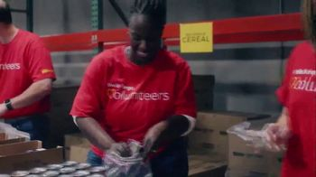 Wells Fargo TV Spot, '2019 AMAs: Helping Food Banks' Featuring Thomas Rhett - Thumbnail 6