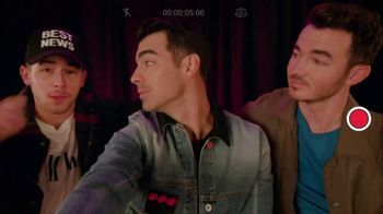 T-Mobile TV Spot, 'Jonas Brothers Happiness Begins Tour' Featuring Jonas Brothers - Thumbnail 3