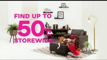 Ashley HomeStore Black Friday Sale TV Spot, 'Early Deals: Sofas' Song by Midnight Riot - Thumbnail 3