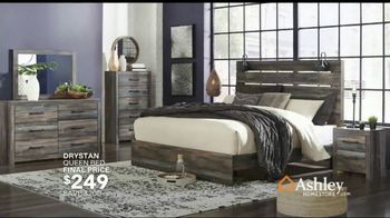 Ashley HomeStore Black Friday Sale TV Spot, 'Early Deals: Sofas' Song by Midnight Riot - Thumbnail 8