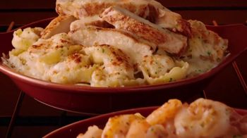 Olive Garden Oven Baked Pastas TV Spot, 'Season's Hottest Must Haves' - Thumbnail 4