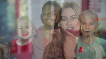 St. Jude Children's Research Hospital TV Spot, 'Thanks and Giving' Feat. Jennifer Aniston, Sofia Vergara - Thumbnail 3