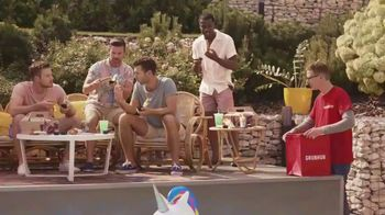 Taco Bell Rolled Chicken Tacos Party Packs TV Spot, 'Pool Party'