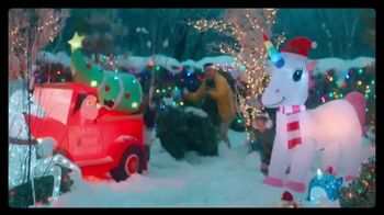 Big Lots Big Black Friday Sale TV Spot, 'Ho-Ho-Whoa: Holiday Light Sets' - Thumbnail 8