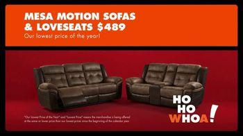 Big Lots Big Black Friday Sale TV Spot, 'Ho-Ho-Whoa: Sofas and Loveseats' - Thumbnail 3