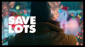 Big Lots Big Black Friday Sale TV Spot, 'Ho-Ho-Whoa: Sofas and Loveseats' - Thumbnail 6