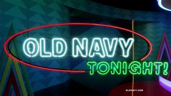 Old Navy TV Spot, 'Regalos para ustedes: 50 por ciento con tarjeta de crédito' [Spanish] - Thumbnail 1