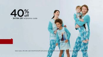 Kohl's Friends + Family Sale TV Spot, 'Family Jammies, Sweaters and Kitchen Electrics' - Thumbnail 4