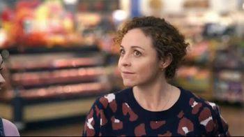 Walmart TV Spot, 'Holidays: Commander of the Cart' - Thumbnail 4